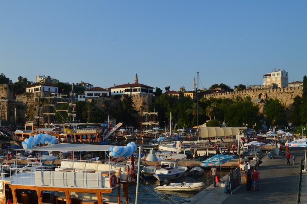 Portul vechi al Antalyey