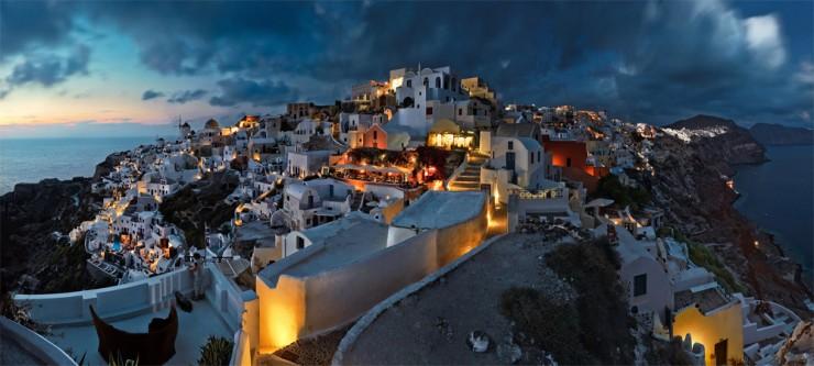 1Top-10-Greek-Towns-Oia2-740x333