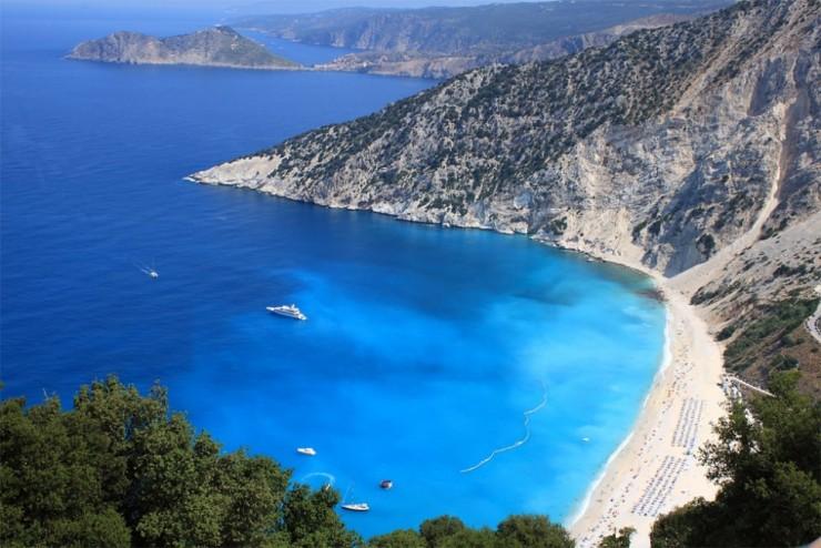 2Top-10-Sunny-Beaches-Myrtos-740x494