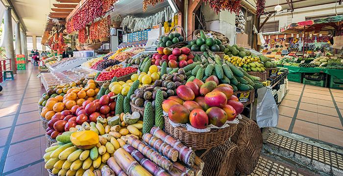 Funchal_MercadodosLavadores_Frutas_700x360